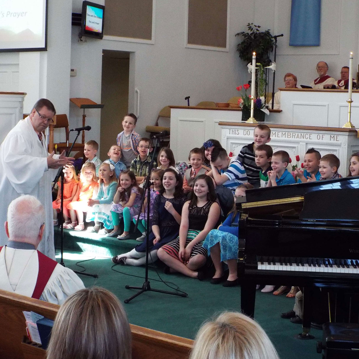 Pastor Lance giving a children's sermon